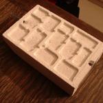 Bloc de béton cellulaire avec galeries et chambres creusées avec une fraiseuse électrique - Photo B. GILLES