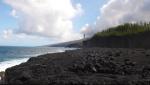 Coulée de lave de 2005 se jetant à la mer